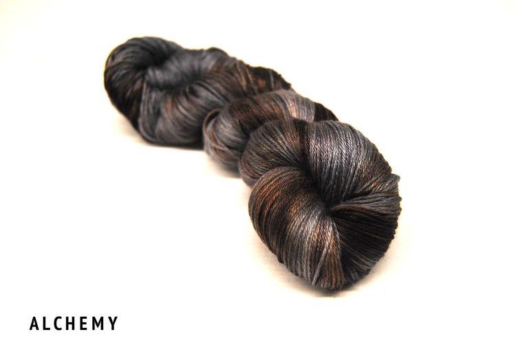 Alchemy yarn knitting hand dyed yarn