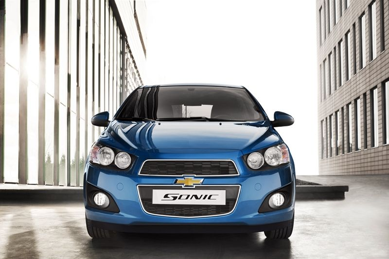 Chevrolet Sonic Hatchback 2012 Excellent Power And Fuel Economy From Optional Turbocharged Engine Chevrolet Sonic Hatchback Chevrolet Sonic Chevrolet Aveo