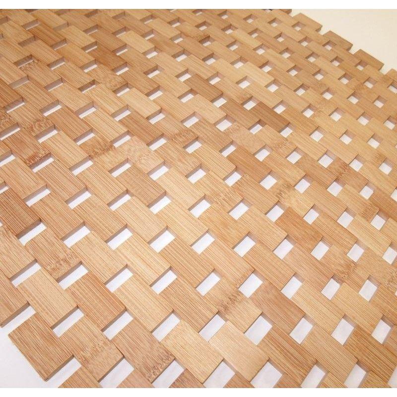 Una alfombra hecha con eslabones de bamb para cuarto - Alfombras de bambu a medida ...