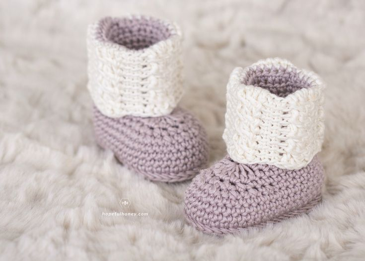 Apricity Cable Baby Booties - Crochet Pattern by | Moogly Community ...