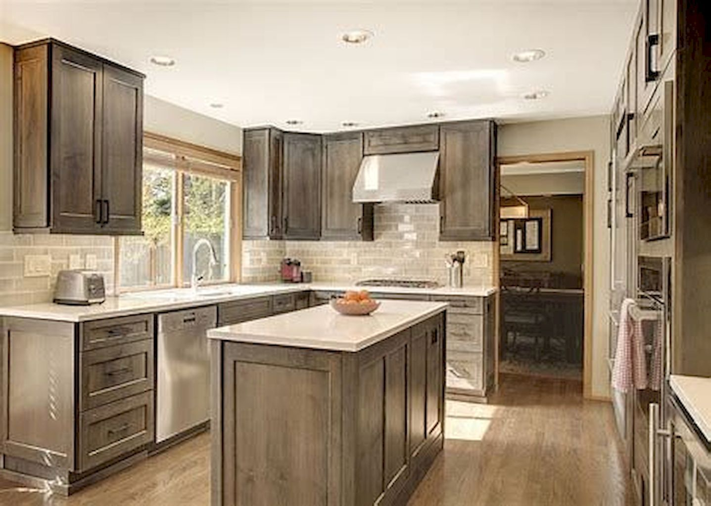 Best Small Kitchen Ideas For Your Appartement Stained Kitchen 400 x 300