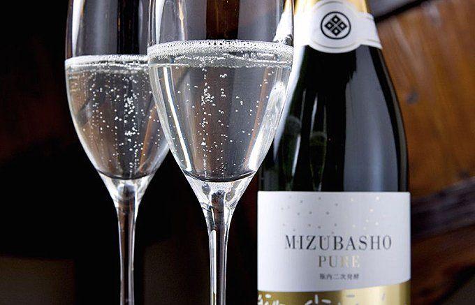 世界初!まるでシャンパン!無色透明、唯一無二の日本酒スパークリング - ippin(イッピン)