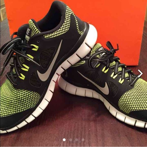 new styles 6484d 72418 Nike Free 5.0 LE (GS) - 1 pair of black metallic silver-