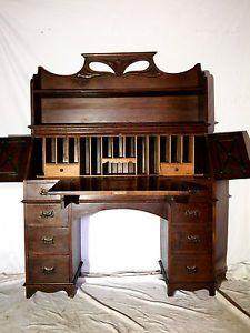 An-Antique-Decorative-Solid-Oak-Art-Nouveau-Desk-Bureau-Bureaux