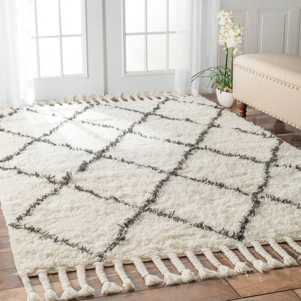 nuloom hand-knotted moroccan trellis natural shag wool rug (5' x 8