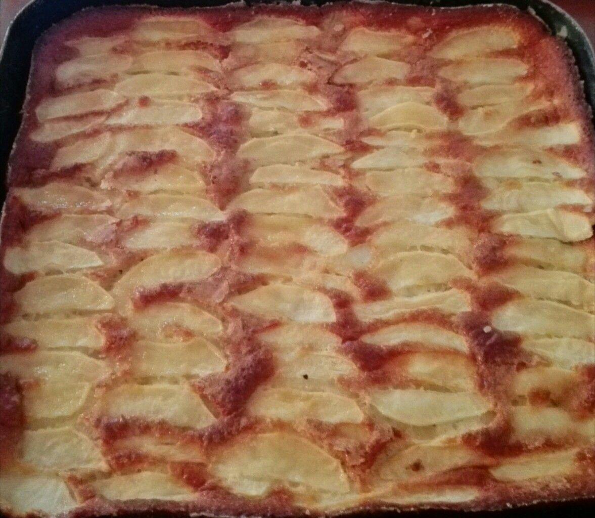Torta di mele sorelle Simili