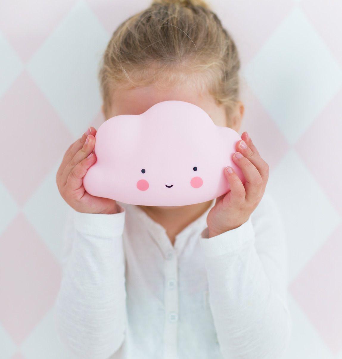 Kinderräume zauberhafte wolkenle in rosa ganz zauberhafte le für baby