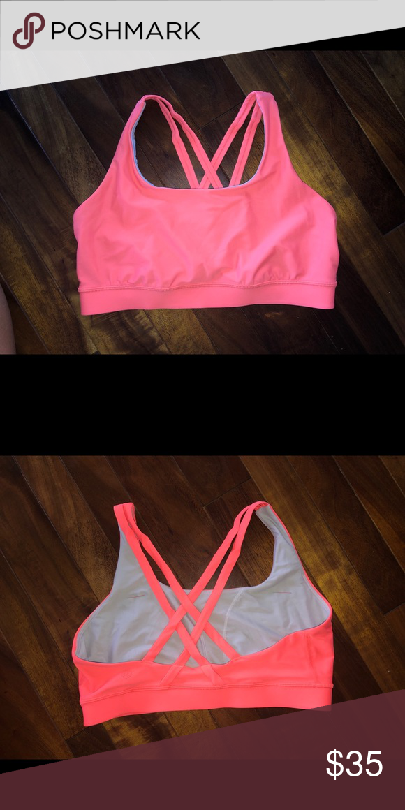 06e4a8702569 Lululemon energy bra flash 8 Great used condition bra no pad inserts lululemon  athletica Intimates &