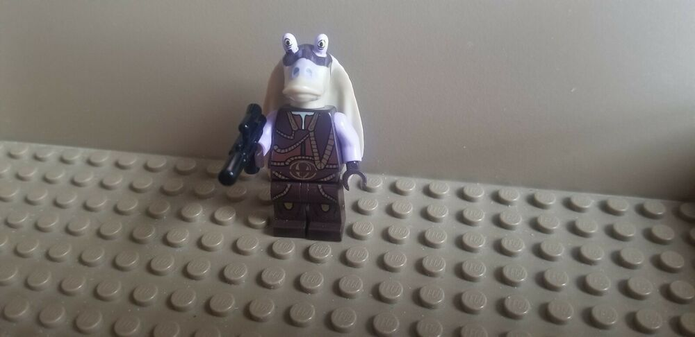 Lego Star Wars Captain Tarpals minifigure from Set  75091 *NEW*
