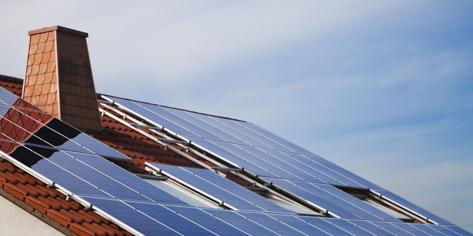 """Elon Musk's SolarCity to Build """"Solar Shingles"""" For Your"""