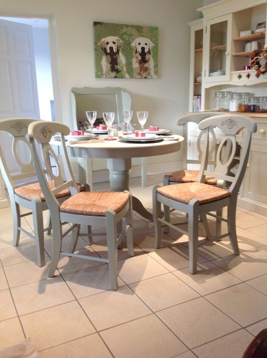 Classic Chic French Style Country Dining Or Kitchen Table And Chairs The Table And Chair Country Kitchen Tables Kitchen Table Settings White Kitchen Table Set