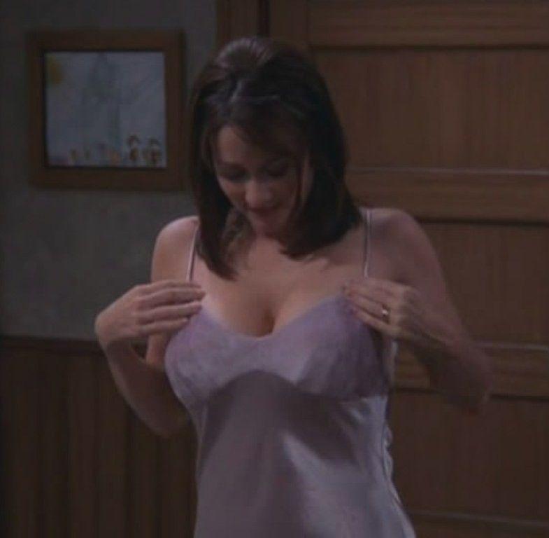 Urvashi rautela hot boobs photo video