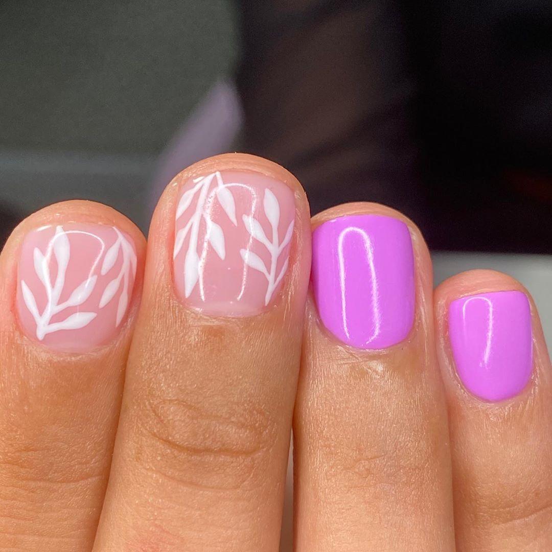 "❁ 𝕃𝕌ℝ𝔻𝔼𝕊 𝕊𝕆𝔸ℝ𝕀𝕊 ❁ on Instagram: ""🌸💕 . . . . . . Service: manicura combinada+builder gel+💕🌸 . . . . . . . #gelnails #nailsart #photooftheday #liketime #likephoto #likethis…"""