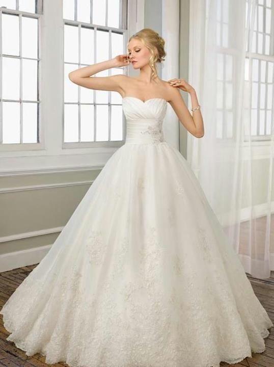 my dream wedding dress. perfect
