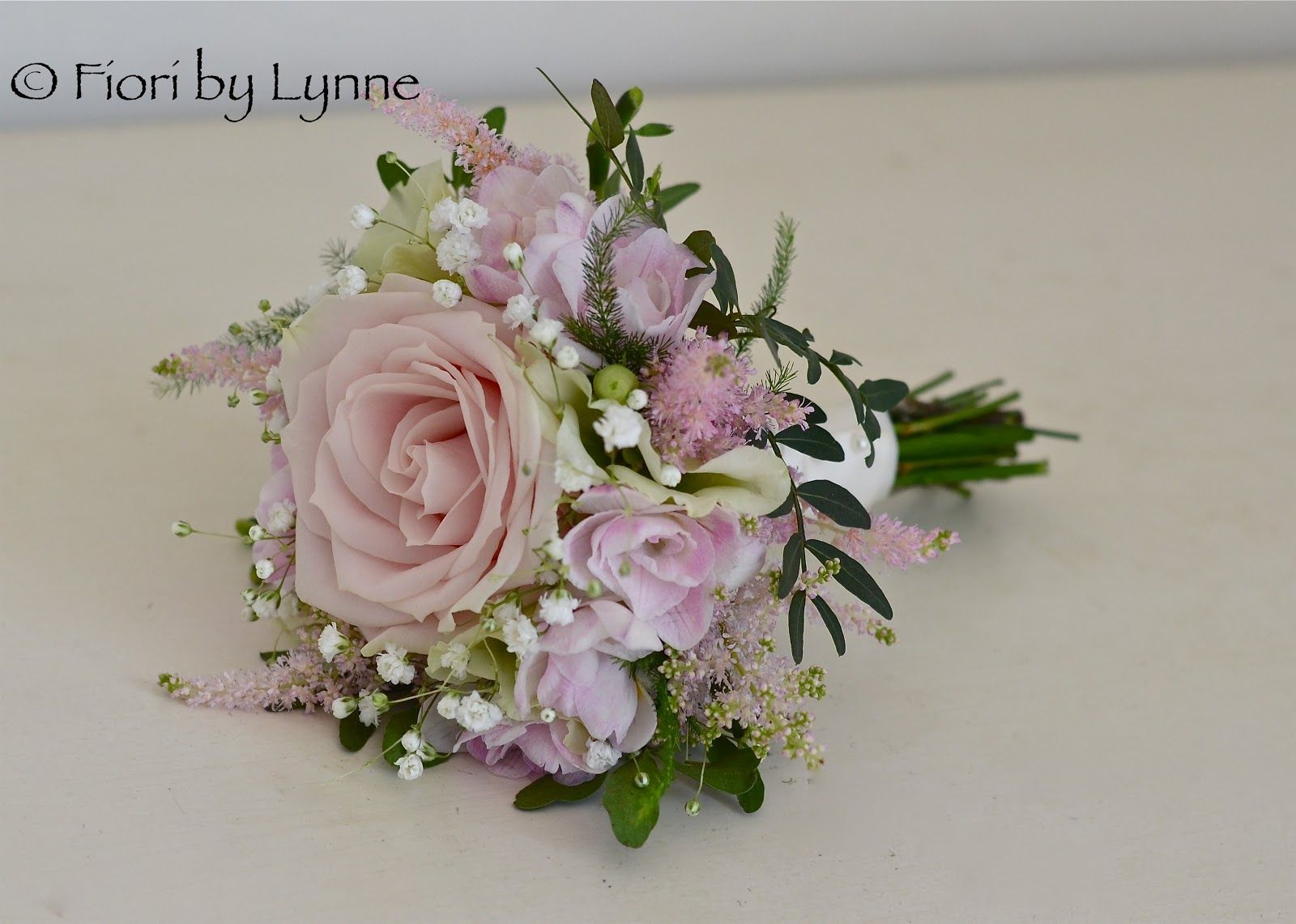 Vintage Dusky Pink Roses With Gypsophila Google Search Wedding