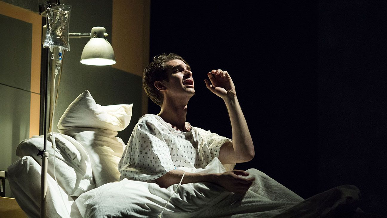 Angels In America Theater Review Andrew Garfield National