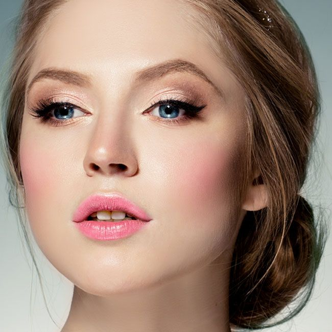 Makeup Dark Hair Blue Eyes Pale Skin | Saubhaya Makeup