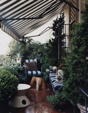 Thomas O Brien S Apartment Patio Want An Awning Just Like