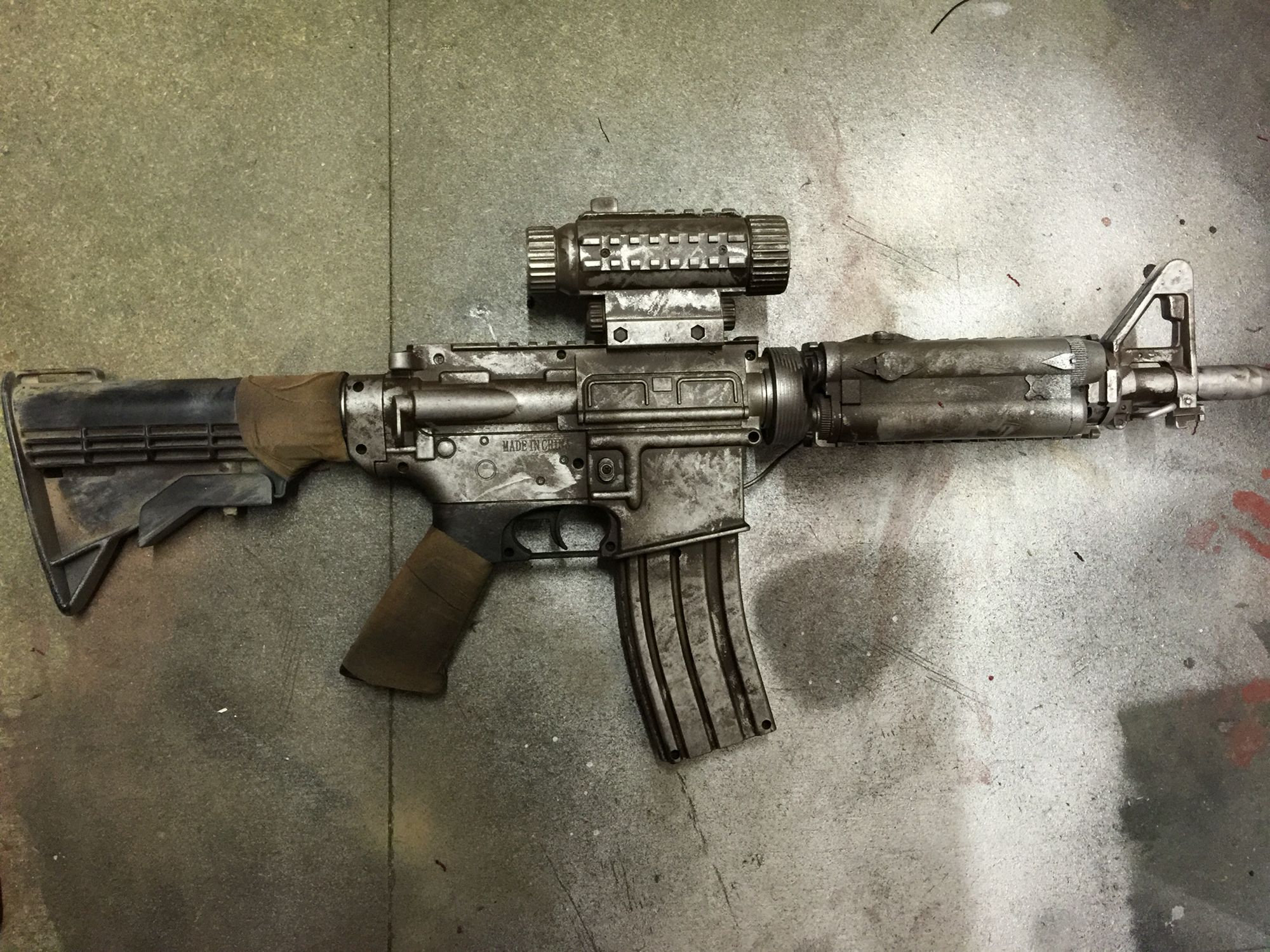 Post Apocalyptic M4 Rifle Paint Job By Dust Monkey