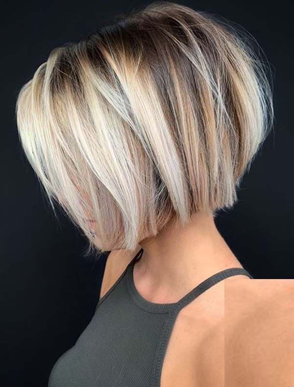 Modern Short Bob Haircuts With Blonde Shades To Try In 2020 Absurd Styles In 2020 Thick Hair Styles Short Hairstyles For Thick Hair Short Bob Hairstyles