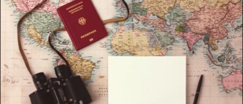 Devises, passeport, carte, l'essentiel pour le voyage