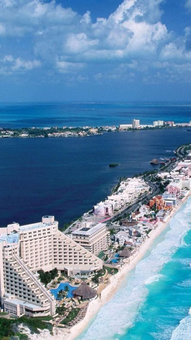 what is cancun mexico known for