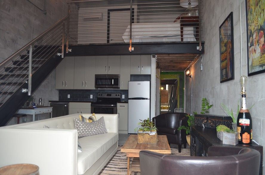Find Apartments For Rent At Warehouse Lofts From 1 100 In Tampa Fl Warehouse Lofts Has Rentals Available Rangin Warehouse Loft Loft Apartment Lofts For Rent