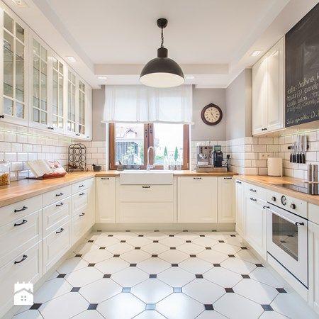 Salon Z Aneksem Kuchennym 25m2 Szukaj W Google Mieszkanie