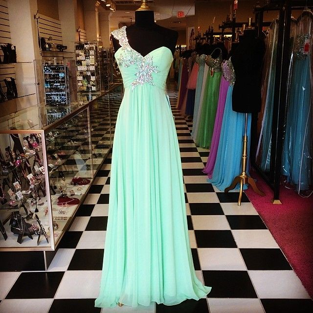 We are dying over this new mint green dress! It is perfect for ...