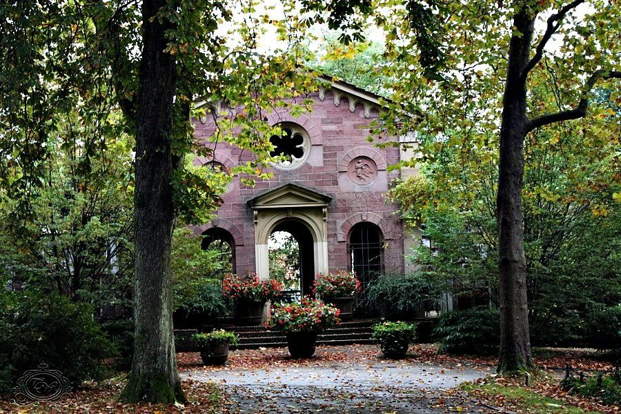 Hauptfriedhof Pforzheim Friedhof Bestattung Erste Hilfe