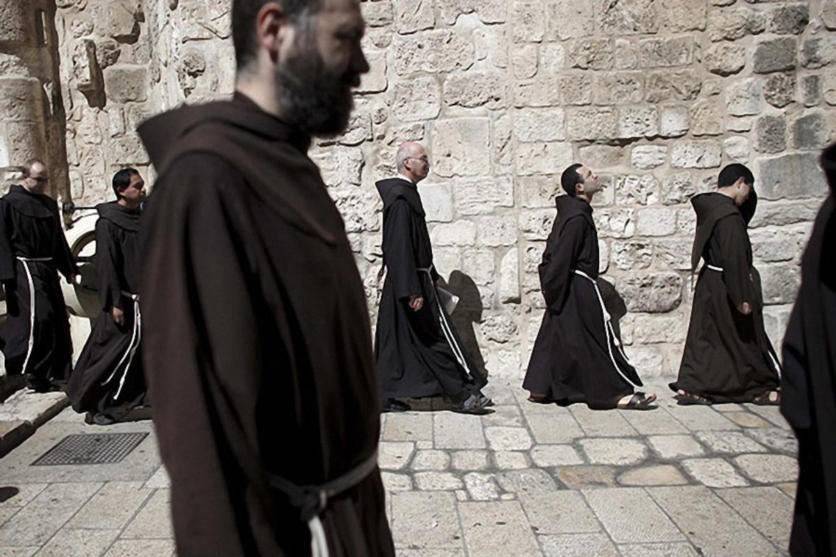 Αποτέλεσμα εικόνας για roman catholic monks