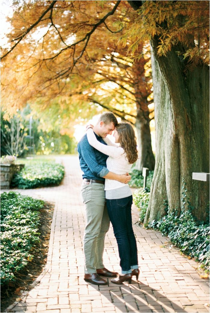 Longwood Garden's Fall Engagement Session by Film Wedding Photographer Hillary Muelleck // hillarymuelleck.com