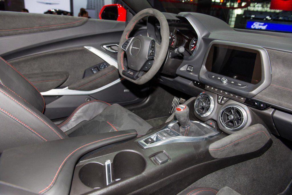 Chevrolet Camaro Sales Fall 15 Percent To 12 275 Units In Q3 2019 Camaro Chevrolet Camaro Camaro Zl1