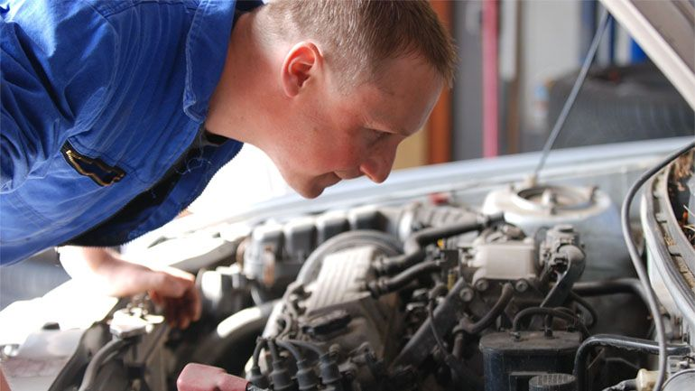5 car repair safety tips you may not know cars auto shops and car what to do with an overheating vehicle what to do with and overheating engine is controversial even among engineers solutioingenieria Image collections