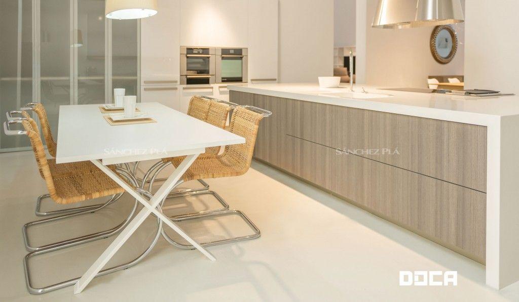 Muebles de cocina Doca y campana extractora Elica. Visítanos ...