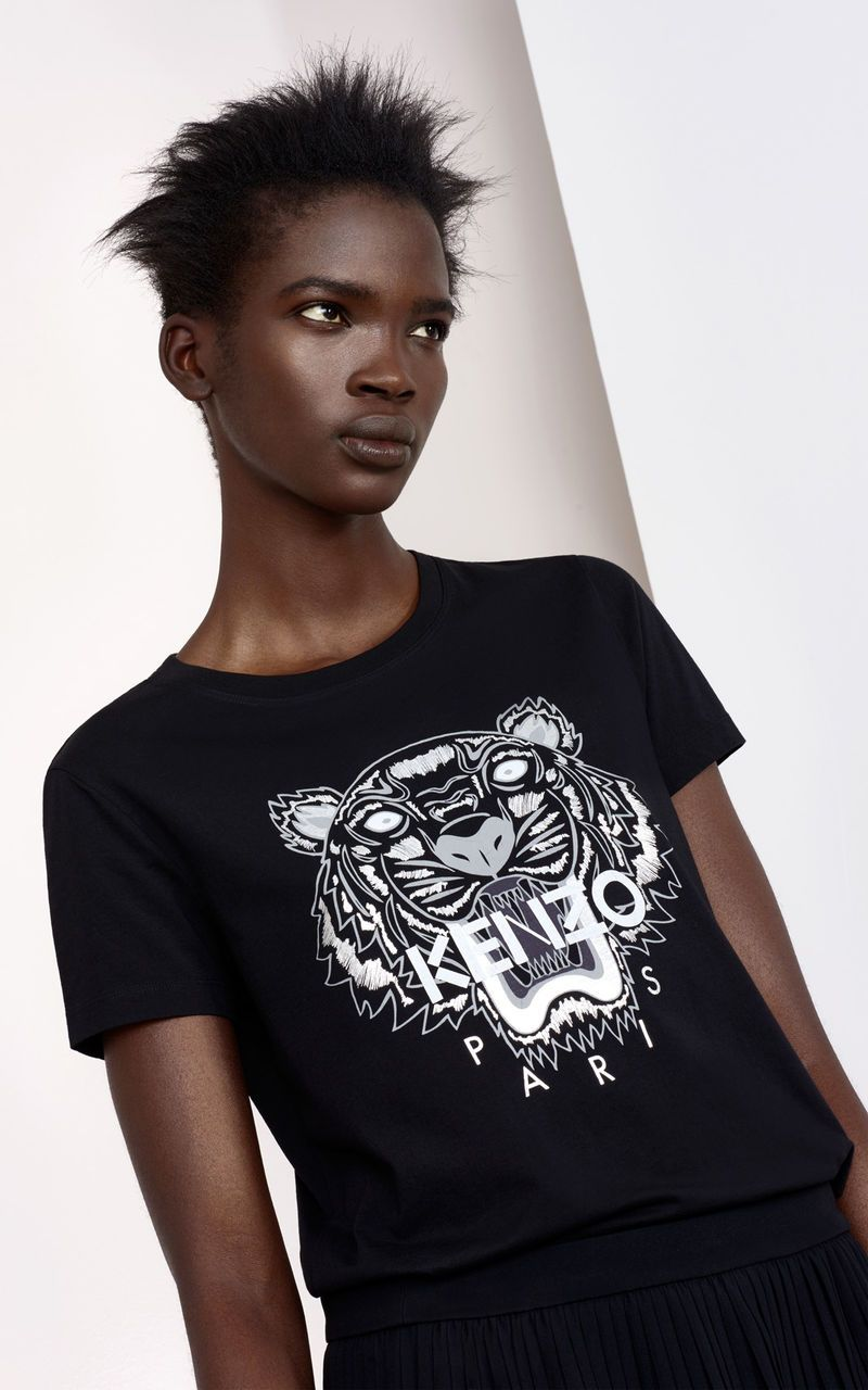9a27f6fa27 Tiger Christmas Tshirt, KENZO | Complex | Kenzo, Kenzo clothing ...