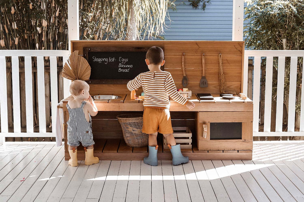 Mud Kitchens Mud kitchen, Kids cubby houses, Cubby houses