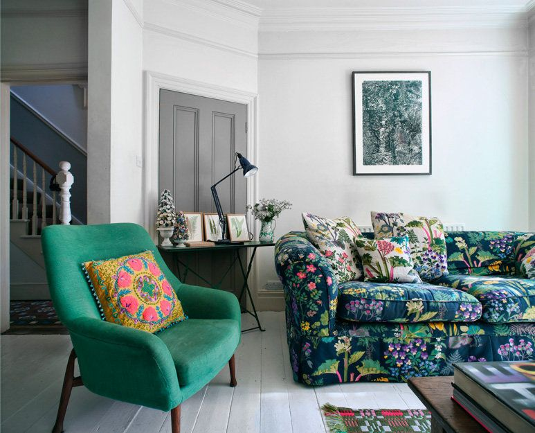 floral living room chairs. floral sofas living room furniture  emerald green armchair rectangular wooden coffee table tribal rug black writing desk pixar lamp whi