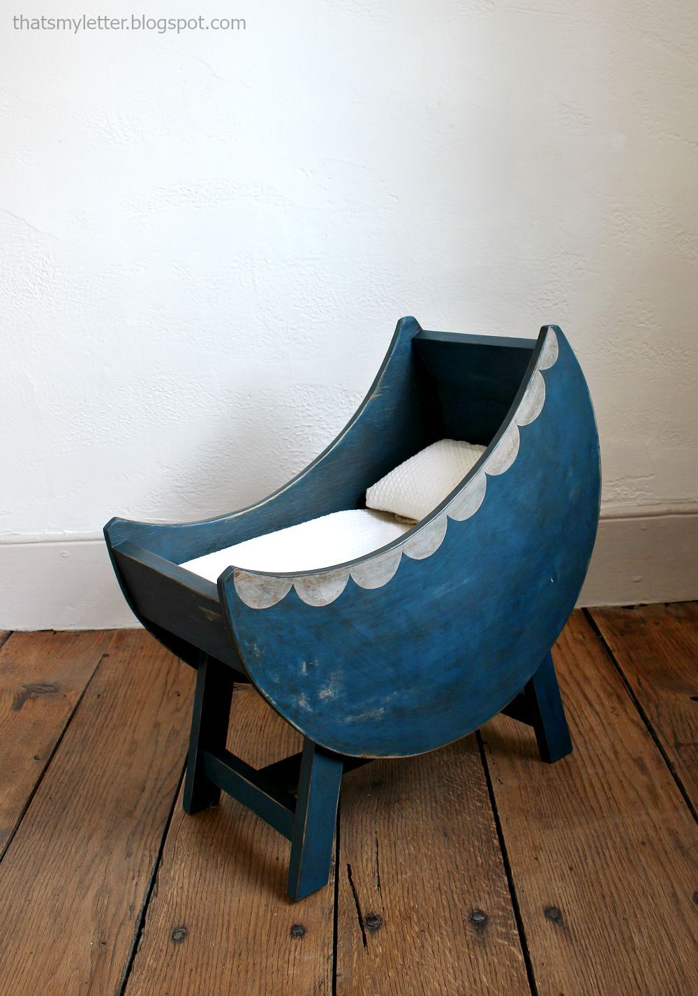 Ana White | Build a Baby Doll Furniture Moon Bassinet | Free and ...