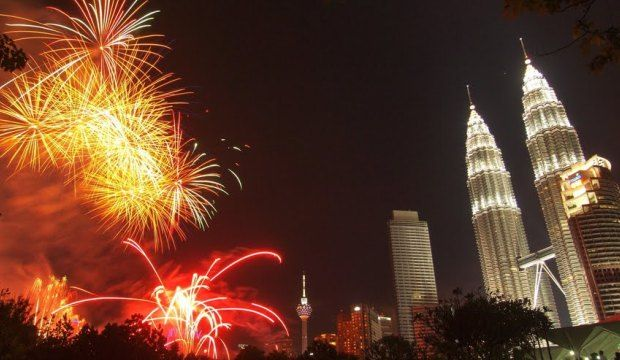 Pin On 2015 New Years Eve Celebrations