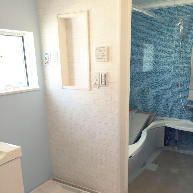 バス トイレ 水色が好き 水色大好き 水色のクロス ニッチ などの