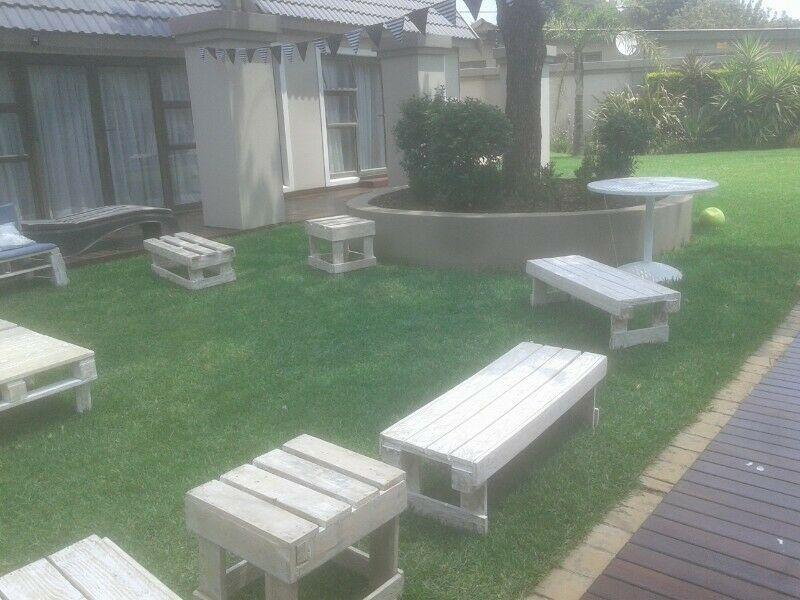Hire The Best Urban Stylish Events Pallet Furniture In Johannesburg Boksburg Gumtree Classifieds Sout Furniture Pallet Furniture Outdoor Furniture Sets