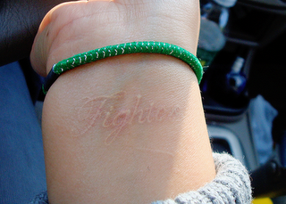 I want this on the bottom of my scar on my neck <3