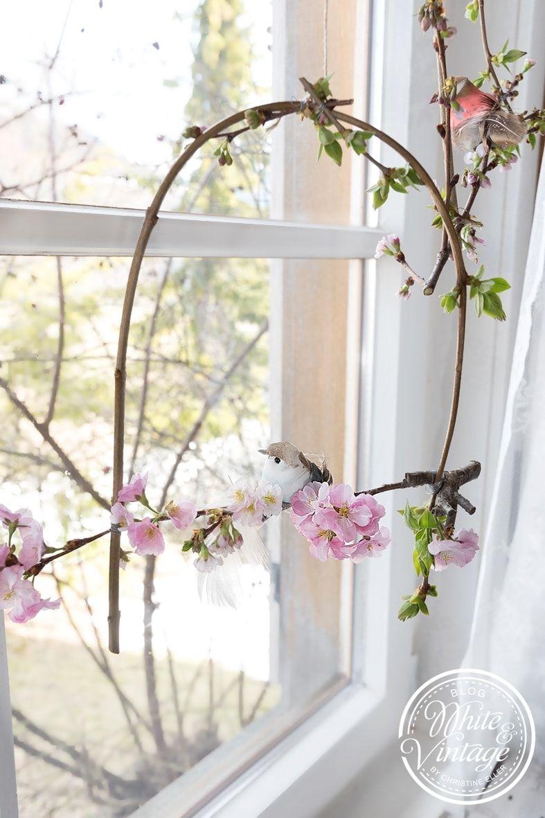 Diy Fensterdeko Aus Zweigen Fruhling Deko Fenster Fensterdeko Fruhlingsdekoration