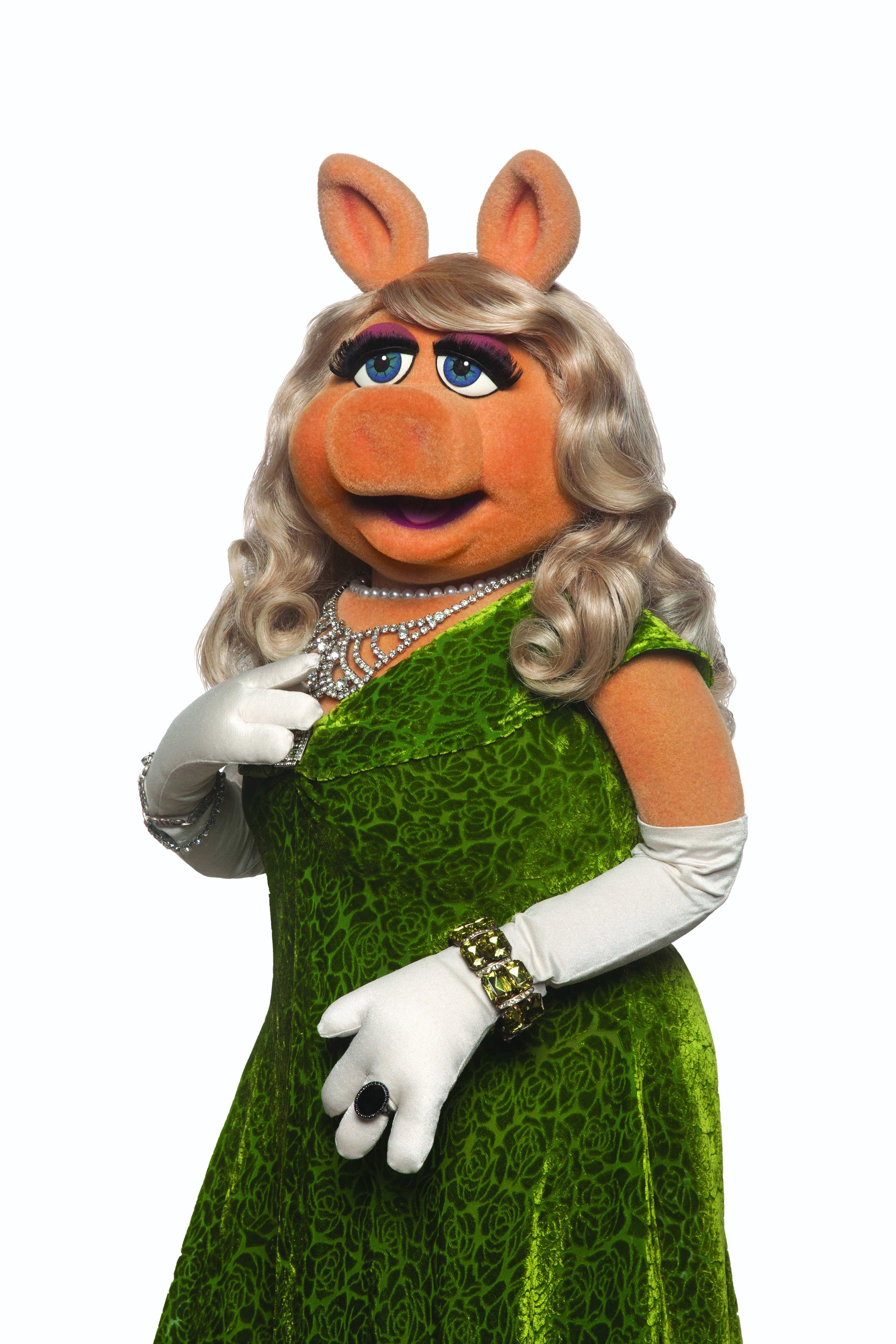 Grande ham Miss Piggy returns to theaters Friday Miss
