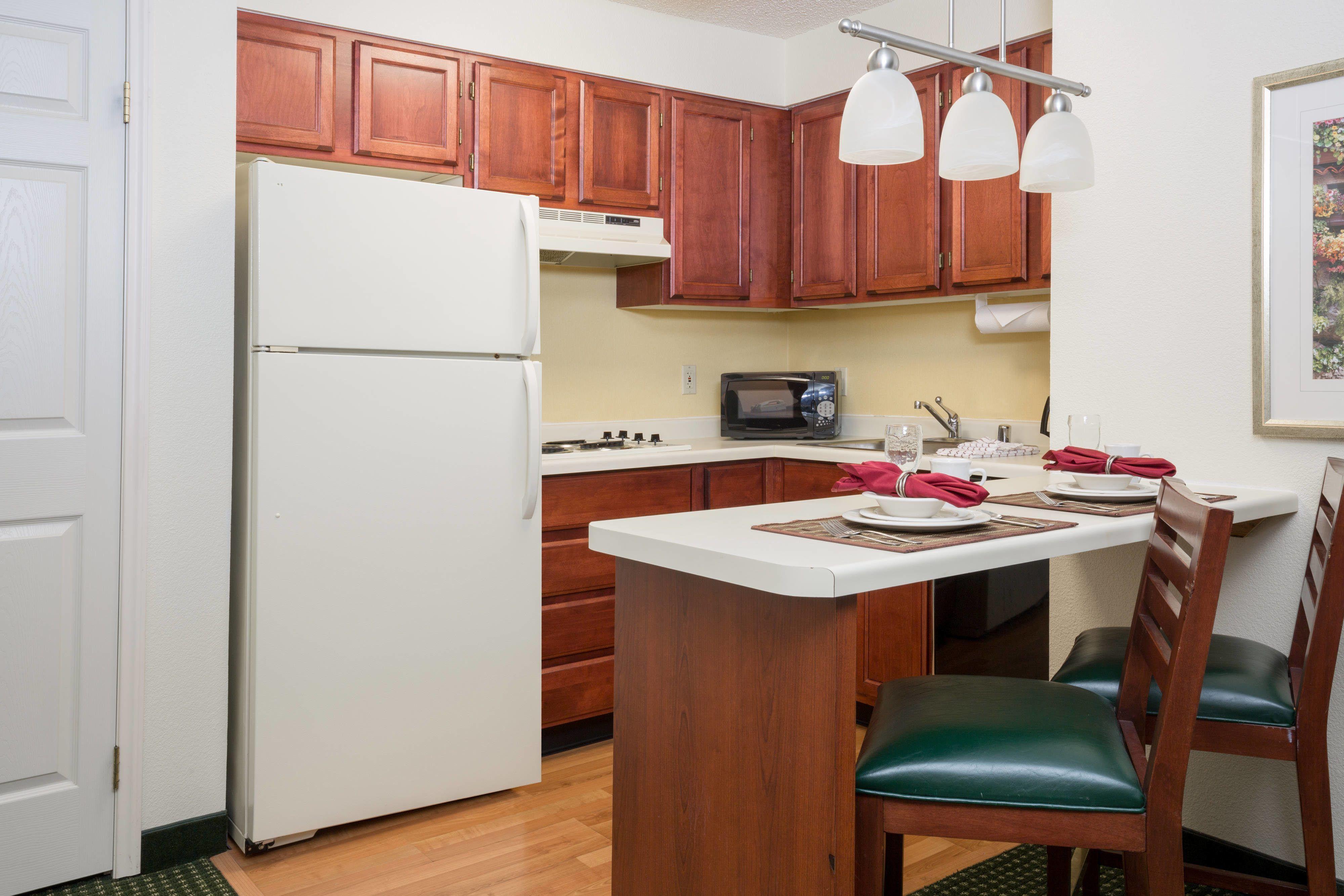 Residence Inn Roseville Studio King Suite - Kitchen #Rooms ...