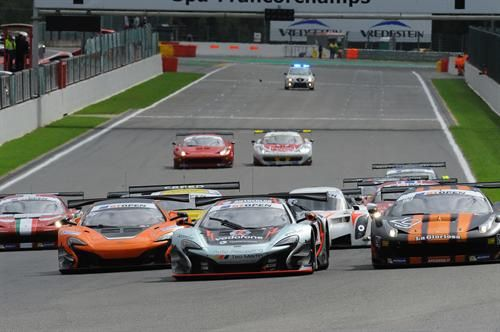 Motor'n | McLAREN FACTORY DRIVER ALVARO PARENTE TAKES SPA VICTORY TO EXTEND CHAMPIONSHIP LEAD