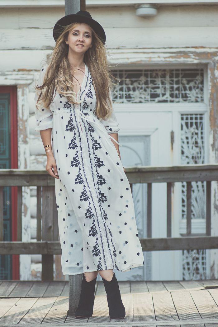 Olga Choi Fashion Blogger Myblondegal South Korea Elegant Boho Chic Shein Boho Embroidered Dress