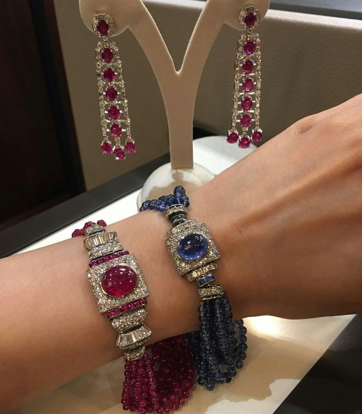Best Diamond Bracelets  : How about some Deco-style #jewels for a #glamourous evening out? Dont miss the