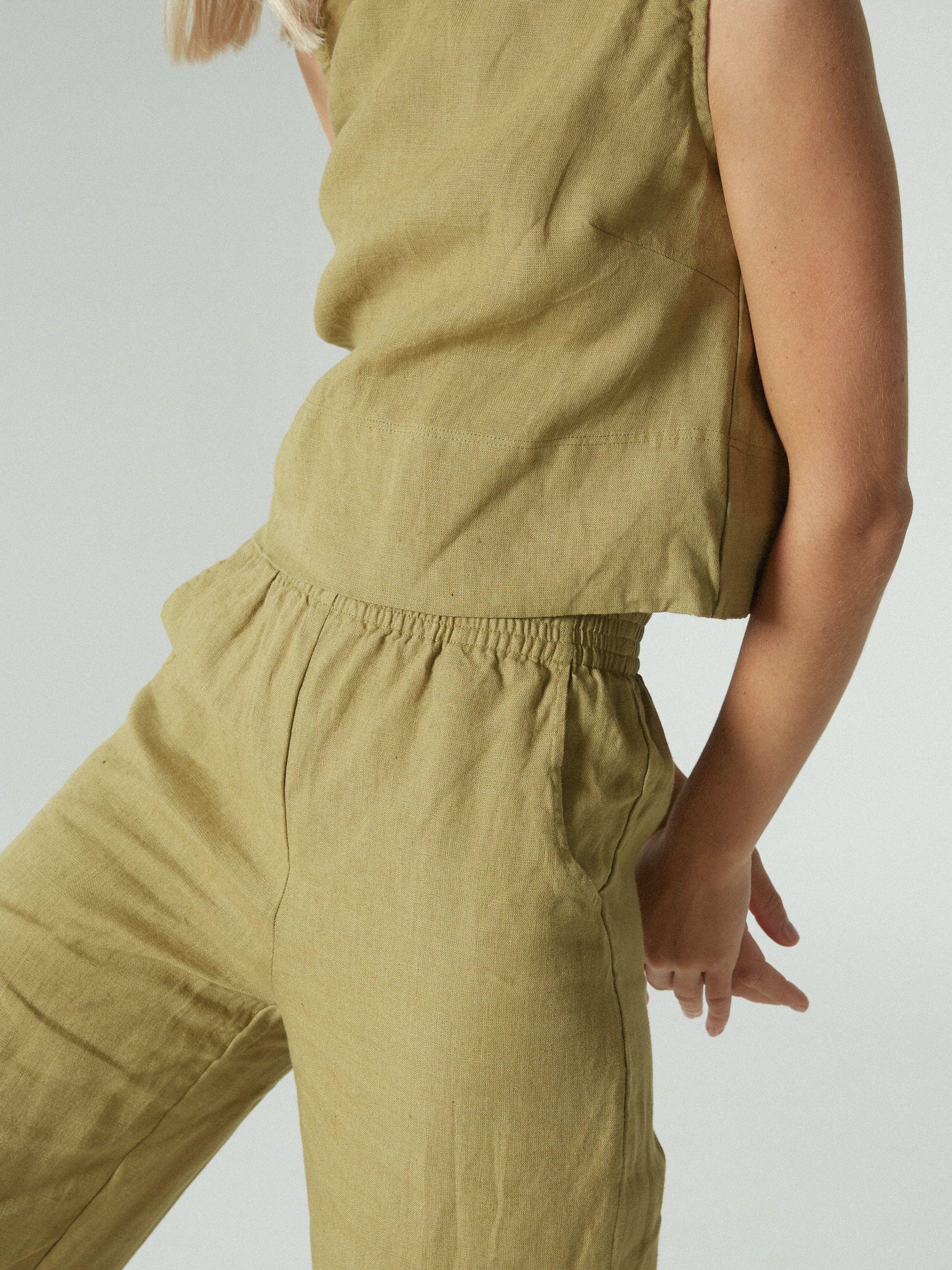 Linenfox Linen Style Fashion Linen Women Linen Clothes [ 2667 x 2000 Pixel ]